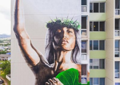 Mural_on_Halawa_View_Apartments_with_breezway_louvres