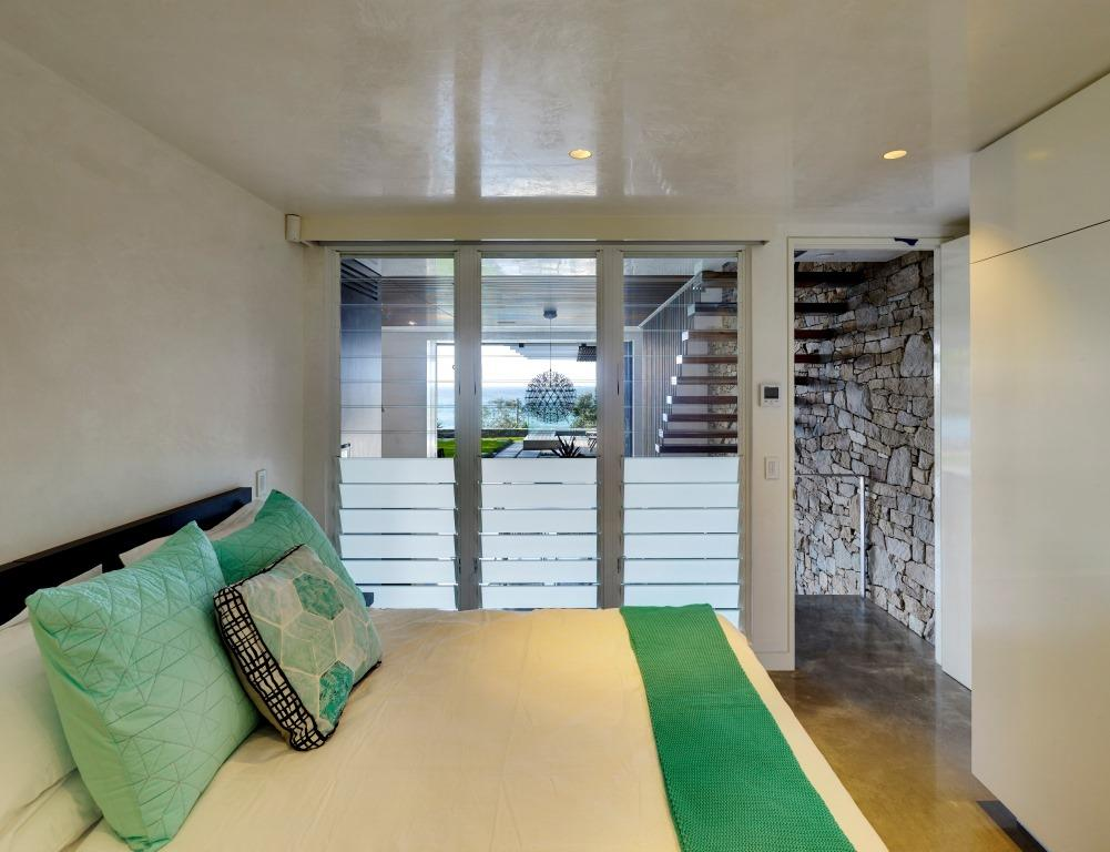 Breezway_louvres_with_frosted_blades_for_privacy